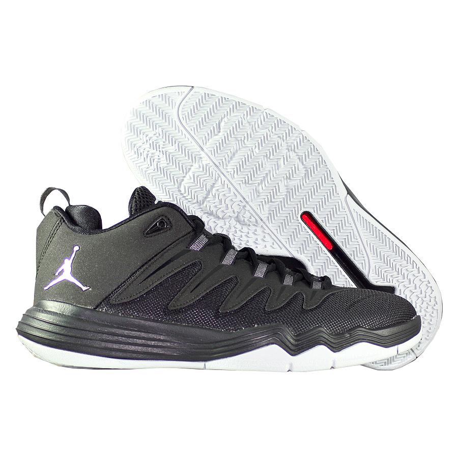Кроссовки JordanКроссовки детские баскетбольные Air Jordan CP3.IX Oreo BGБаскетбольные кроссовки Chris Paul. Очень прочные и лёгкие, отлично подходят для игры на любых покрытиях. Хорошее сочетание цены и качества.<br><br>Цвет: Чёрный<br>Выберите размер US: 4