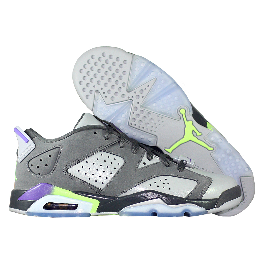 Кроссовки JordanКроссовки детские баскетбольные Air Jordan VI (6) Retro Low quot;Ultravioletquot; GS<br><br>Цвет: Серый<br>Выберите размер US: 5|5,5|6|6,5|7