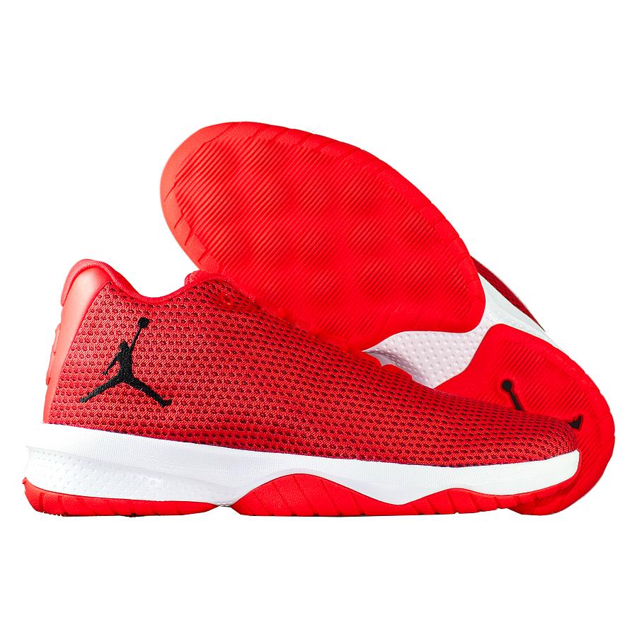 Кроссовки JordanКроссовки детские баскетбольные Air Jordan B.Fly GS quot;Max Orangequot;<br><br>Цвет: Оранжевый<br>Выберите размер US: 3,5|4,5|5,5|6|7