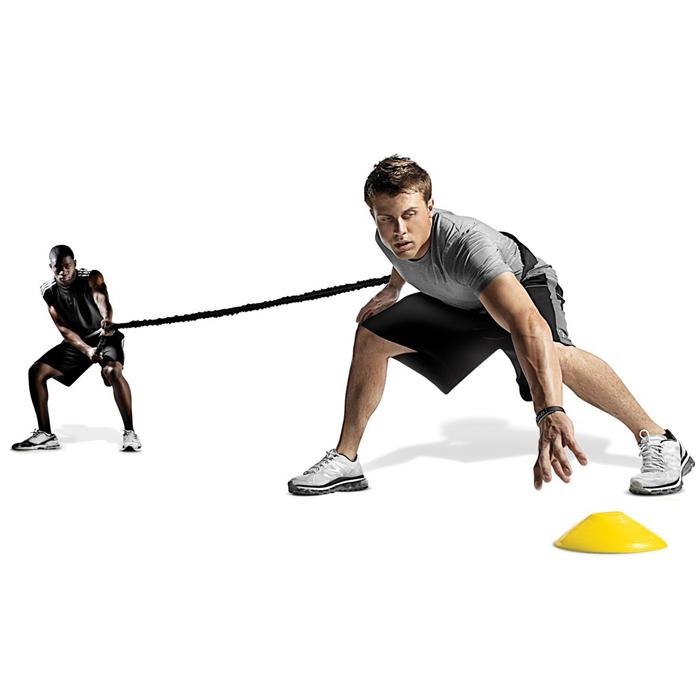 Другие товары SKLZТренировочный поводок SKLZ Recoil 360Поводок-амортизатор Recoil 360#176; помогает отработать движения почти любого вида спорта методами содействия и противодействия.<br><br>Цвет: Чёрный<br>Выберите размер US: 1SIZE