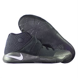 krossovki-detskie-basketbolnye-nike-kyrie-2-tripple-black-gs-826673-008