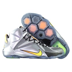 685181-080-krossovki-basketbolnye-detskie-nike-lebron-xii-flight-pack-gs