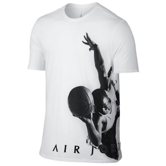Другие товары JordanФутболка Air Jordan Flying Dreams T-ShirtФутболка Jordan Brand. Материал 100% хлопок<br><br>Цвет: Белый<br>Выберите размер US: XL