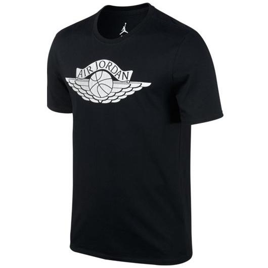 Другие товары JordanФутболка Air Jordan 1 Wings T-ShirtФутболка Jordan Brand. Материал 100% хлопок<br><br>Цвет: Чёрный<br>Выберите размер US: XL