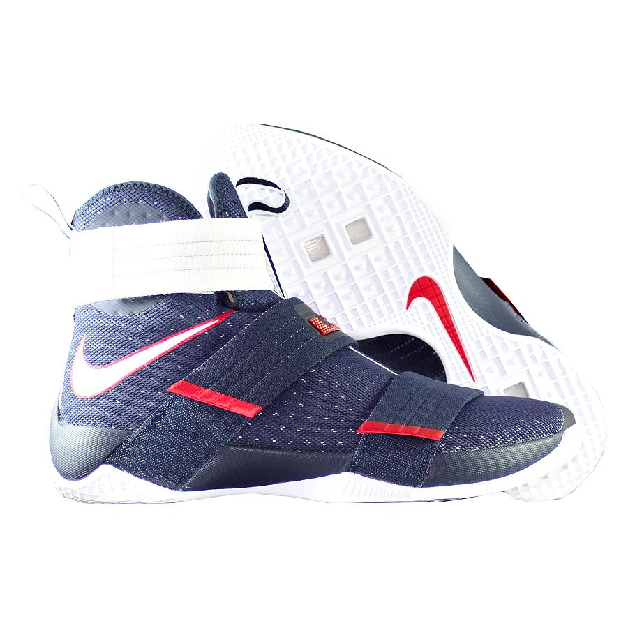 Кроссовки NikeКроссовки баскетбольные Nike LeBron Soldier 10 SFG quot;USAquot;<br><br>Цвет: Синий<br>Выберите размер US: 10|11