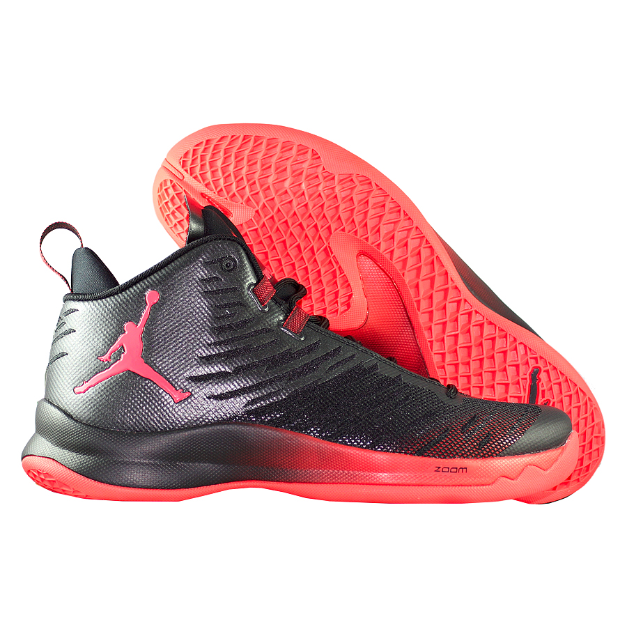 Кроссовки JordanКроссовки баскетбольные Air Jordan Super.Fly 5 quot;Infraredquot;Мужские баскетбольные кроссовки Jordan Super.Fly 5 с легким верхом из сетки и специальной системой шнуровки гарантируют надежную фиксацию, не сковывая движений. Подошва из мягкого пеноматериала и вставка Nike Zoom в передней части стопы обеспечивают низкопрофильную амортизацию по всей длине стопы.<br><br>Цвет: Чёрный<br>Выберите размер US: 17|18