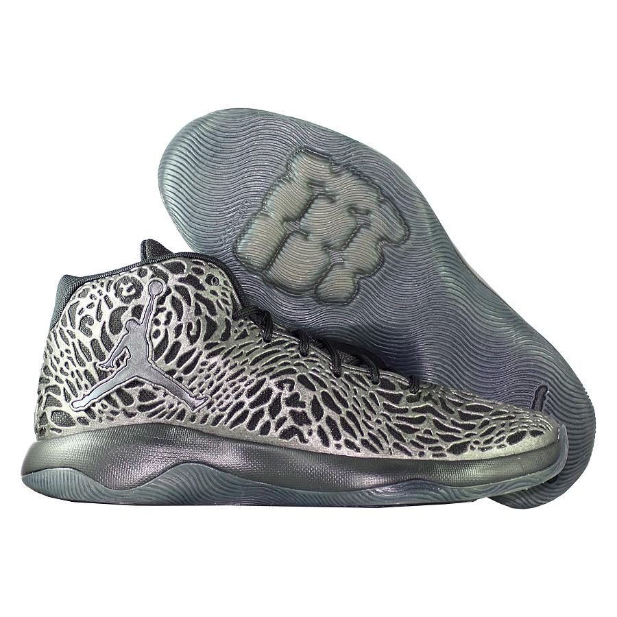 Кроссовки JordanКроссовки баскетбольные Air Jordan Ultra.Fly quot;Blackoutquot;<br><br>Цвет: Чёрный<br>Выберите размер US: 16|17