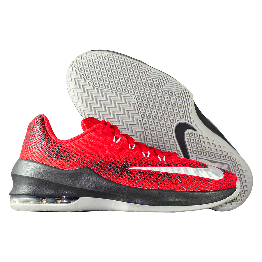 Кроссовки NikeКроссовки детские баскетбольные Nike Air Max Infuriate GSНовые баскетбольные кроссовки серии Hyperfuse. Кроссовки подойдут для зала и будут отличным оружием на корте!<br><br>Цвет: Красный<br>Выберите размер US: 5,5