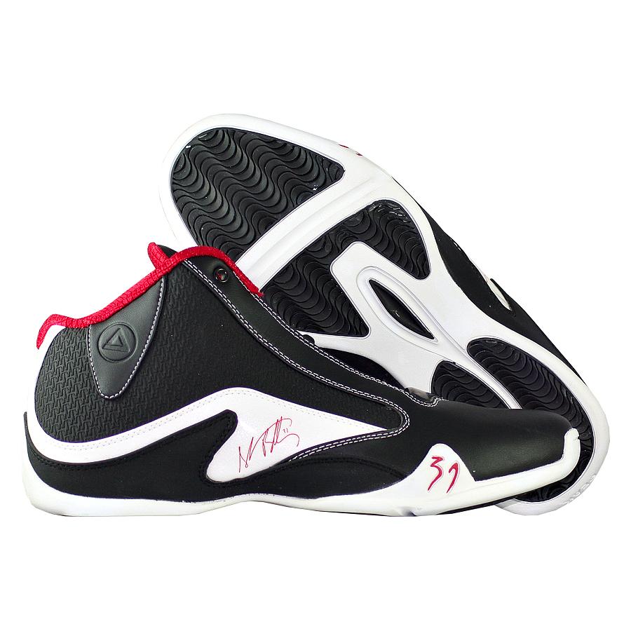 Кроссовки PEAKКроссовки баскетбольные PEAK Wave Mid<br><br>Цвет: Чёрный<br>Выберите размер US: 10