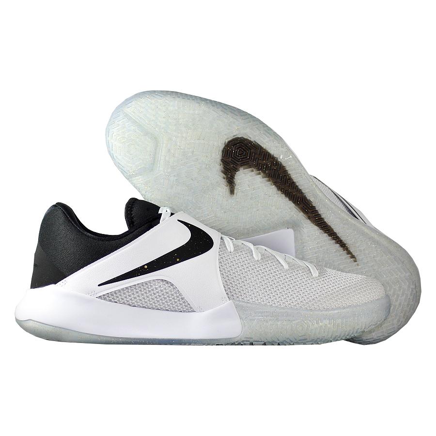 Кроссовки NikeКроссовки баскетбольные Nike Zoom Live 2017Командные кроссовки Коби Брайанта - KB Mentality - отличное сочетание цены и качества! Низкий профиль обеспечиват свободу движения своему обладателю. Подошва немаркая, обладает хорошим сцеплением. Отличный выбор для всех игроков!<br><br>Цвет: Белый<br>Выберите размер US: 9|9,5|10|10,5|11|12