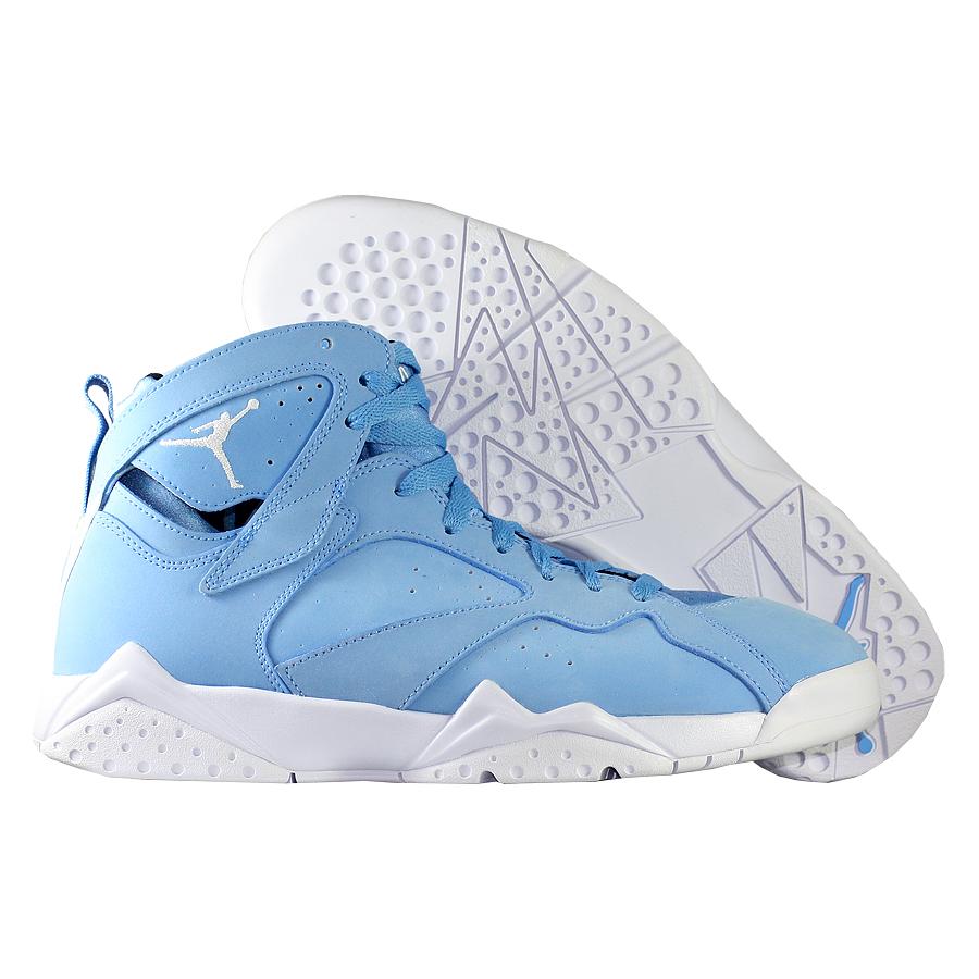 Кроссовки JordanКроссовки баскетбольные Air Jordan 7 (VII) Retro quot;Pantonequot;<br><br>Цвет: Голубой<br>Выберите размер US: 9|11