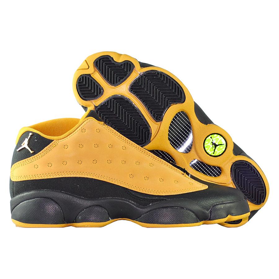Кроссовки JordanКроссовки детские баскетбольные Air Jordan 13 (XIII) Retro Low quot;Chutneyquot; GS<br><br>Цвет: Коричневый<br>Выберите размер US: 7|4,5|6,5