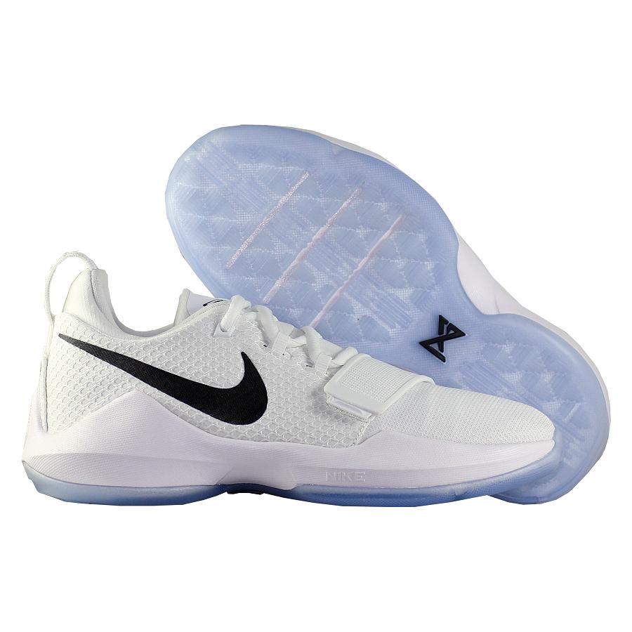 Кроссовки NikeКроссовки детские баскетбольные Nike PG 1 quot;Checkmatequot; GSПервые именные кроссовки игрока НБА Кайри Ирвинга! Модель создана для очень быстрых и активных игроков. Она лёгкая, прочтая и удобная, обладает хорошей амортизацией. Подходит для игры на любой позиции.<br><br>Цвет: Белый<br>Выберите размер US: 4,5