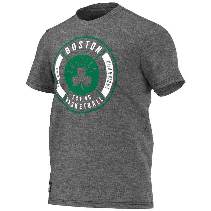 Другие товары adidasФутболка adidas Washed Tee 1 NBA Boston CelticsФутболка Jordan Brand. Материал 100% хлопок<br><br>Цвет: Серый<br>Выберите размер US: L|XL|2XL