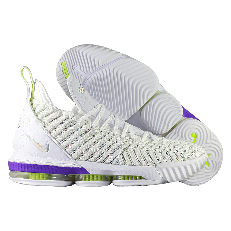 Купить Другие товары Nike, Баскетбольные кроссовки Nike LeBron 16 Buzz Lightyear , Белый