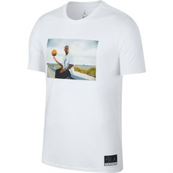 futbolka-air-jordan-sportswear-he-got-game-jesus-tee-AT0524-100